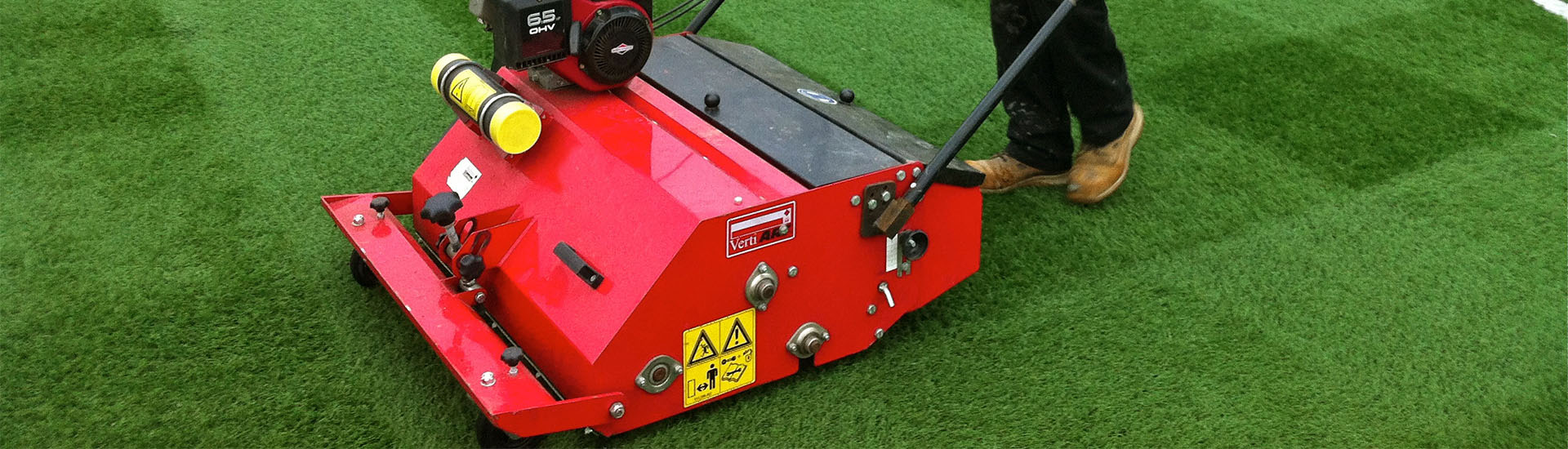 Artificial Turf Sports Field Maintenance and Repair Vehicles, Sand and Granule Pouring Machine